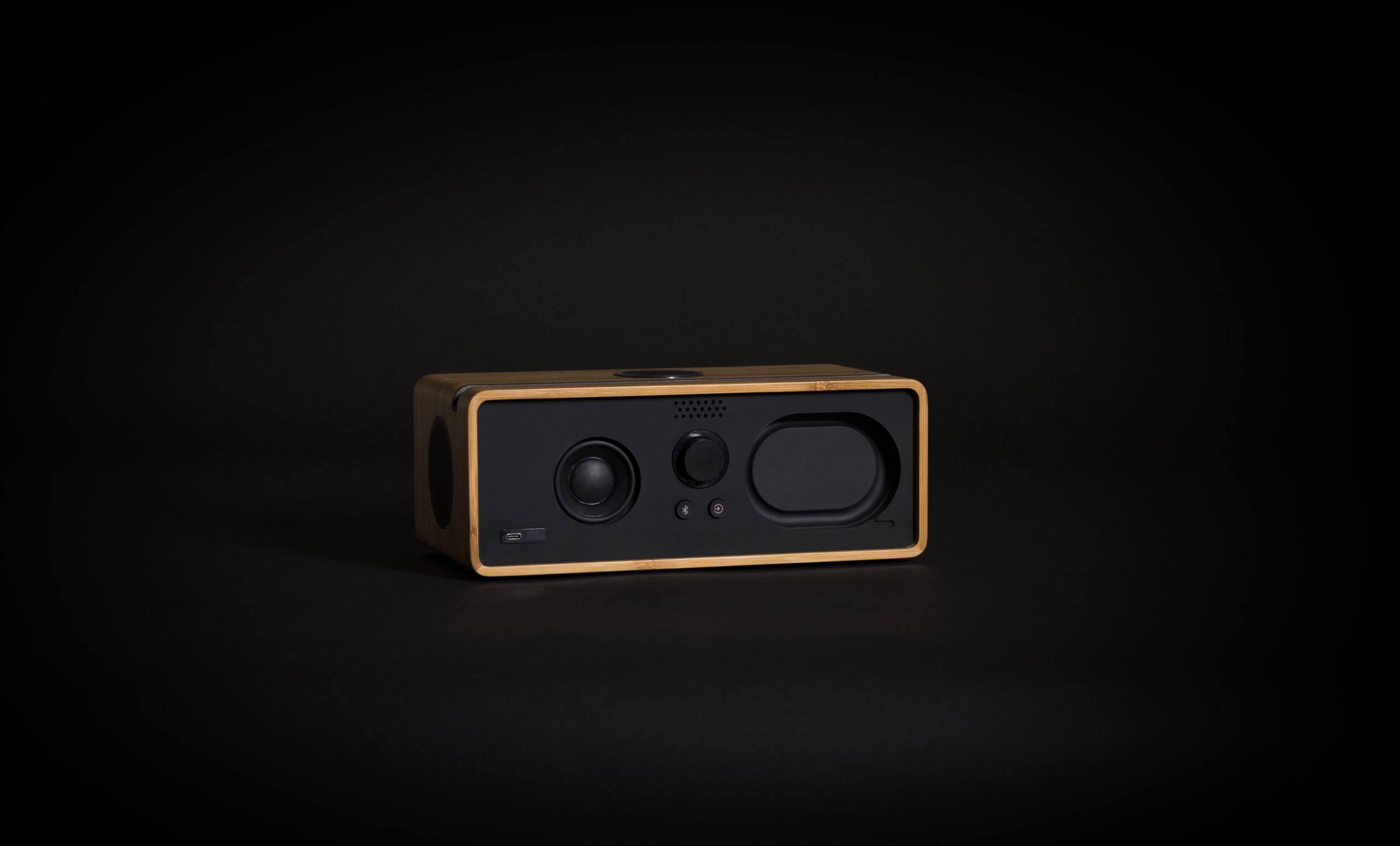 Bamboo-speakers